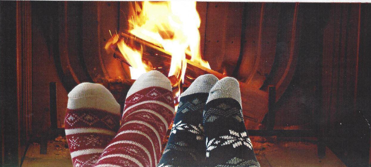 Yaktrax aloe cabin socks slipper fireplace ultra velvet for Warm cabin socks